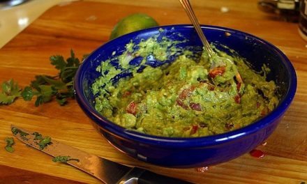 WHY AVOCADOS ARE GREAT FOR YOU
