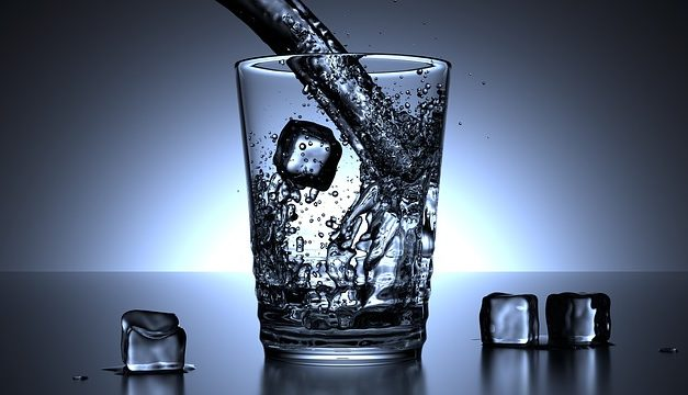 5 STRATEGIES FOR DRINKING MORE WATER