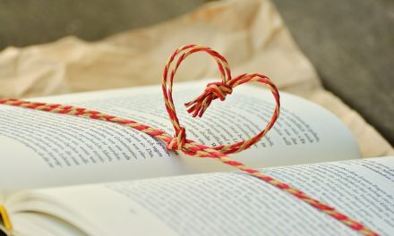 SACRED LOVE – 22 SUGGESTIONS THAT WILL TURN THE TIDE IN YOUR LIFE AND THE LIVES OF ANYONE
